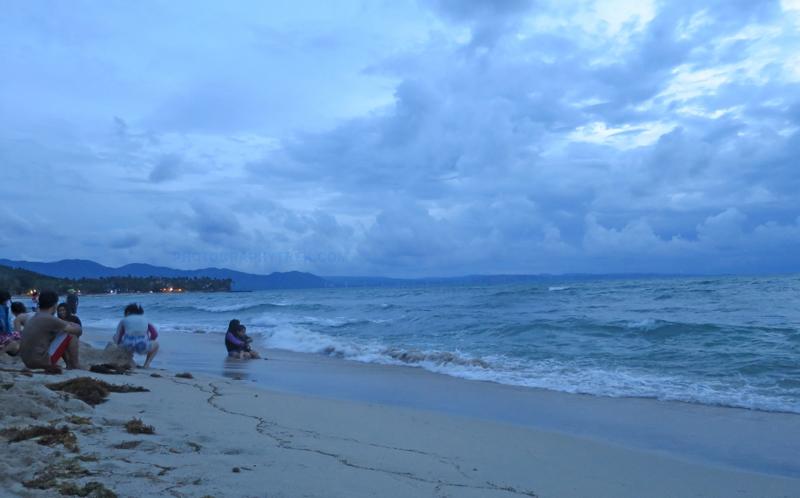 pagudpud sea shore